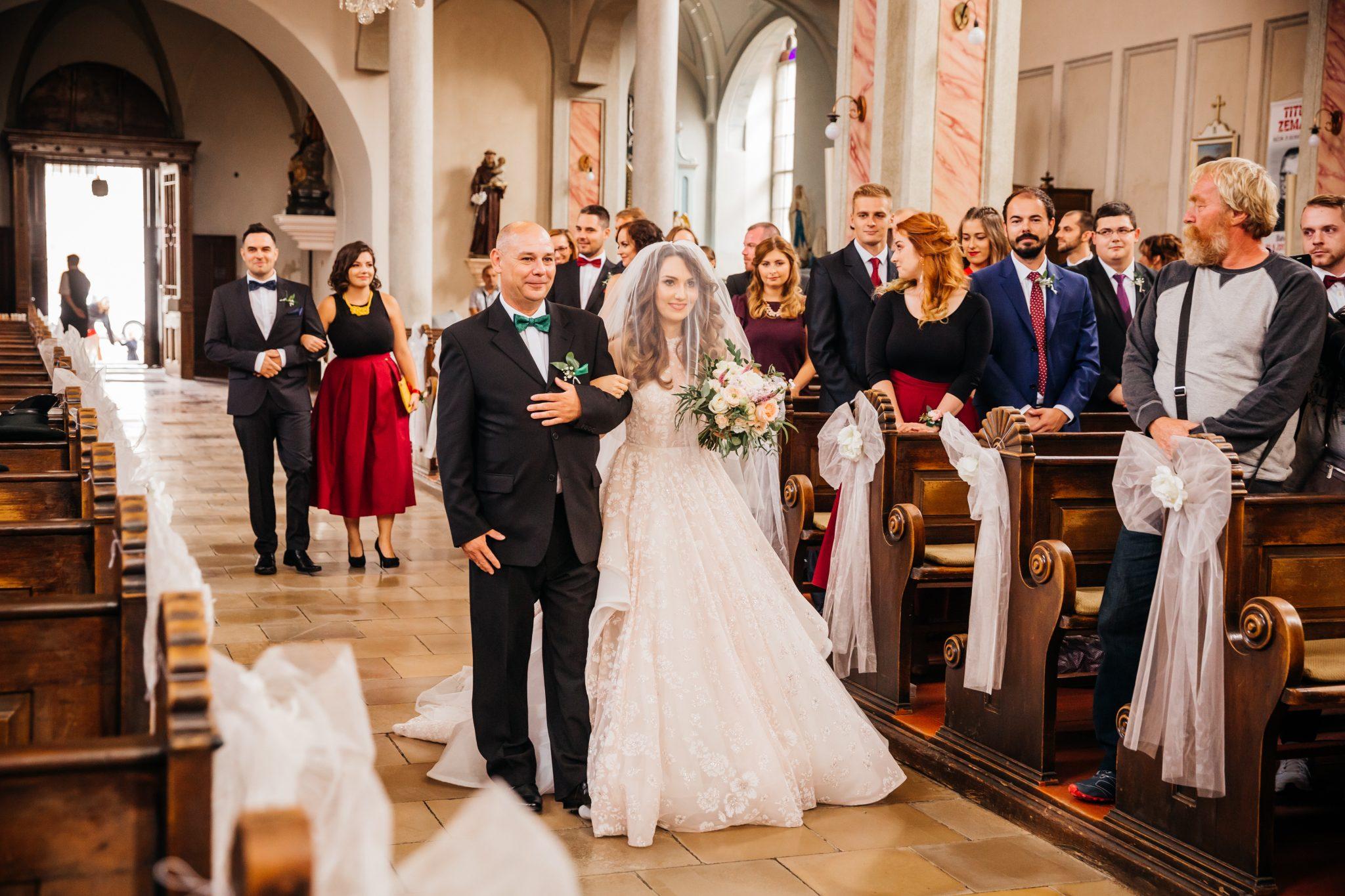 5301cb7576b9 Bez svedkov by sa svadba ani nemohla uskutočniť. Mali by to byť vaši  najbližší ľudia