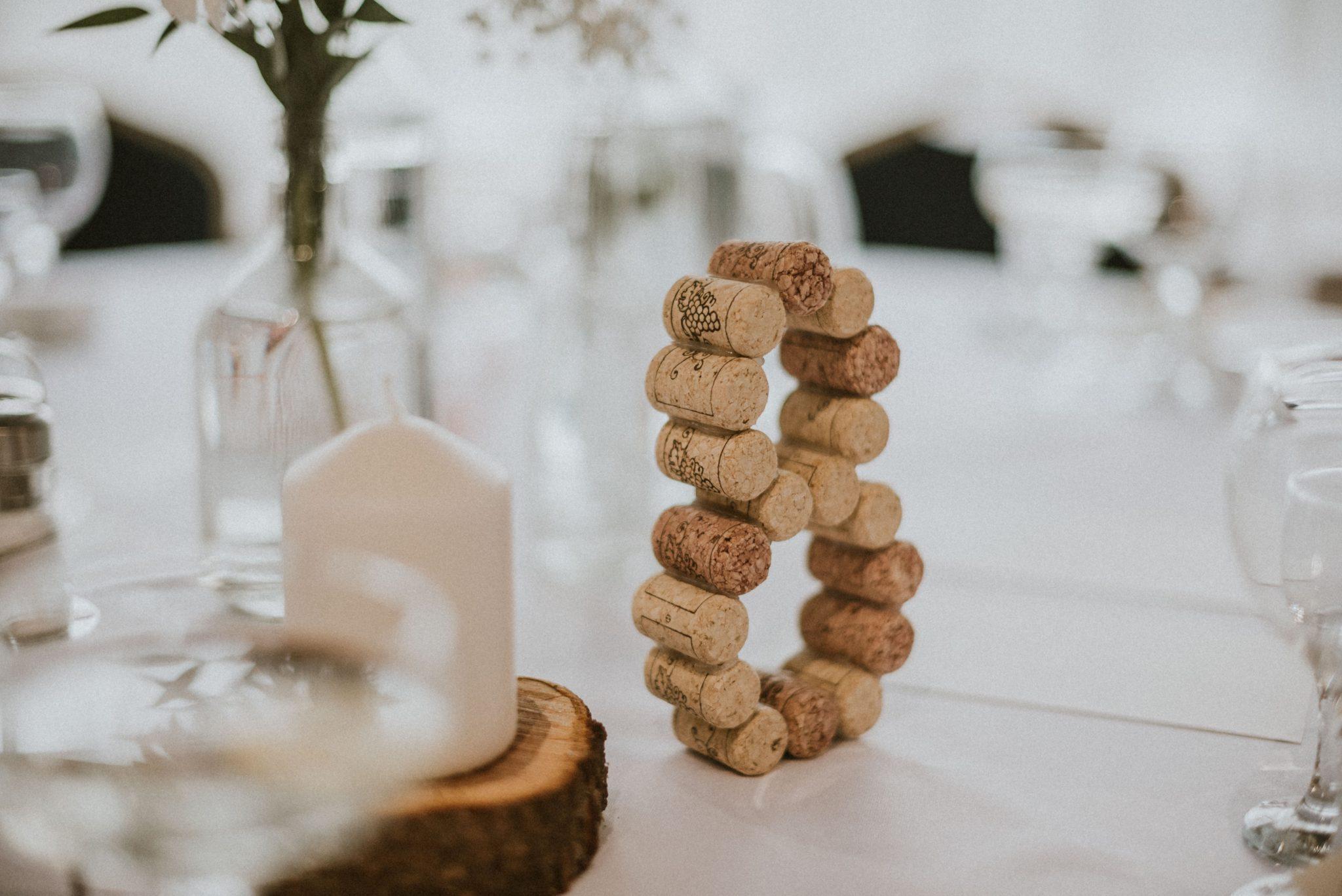 """ad097dabc S celkovou svadobnou výzdobou mi v deň svadby pomáhala svadobná  dekoratérka, ktorá pretavila moje predstavy svadobnej výzdoby k  dokonalosti."""""""